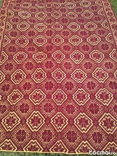 tesut manual in Ardeal Falling From The Sky, Textile Art, Rugs On Carpet, Loom, Manual, Weaving, Textiles, Draw, Fabric