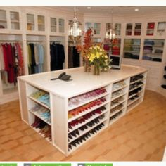 Dream closet (including the shoe heaven)