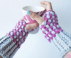Little Things Blogged: {Puff Stitch Wrist Warmers} free pattern.