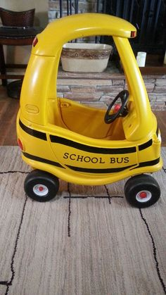 21 Cozy Coupe Hacks to Make Over Your Kid's Ride - Glue Sticks and Gumdrops Little Tykes Car, School Bus Party, School Buses, Little Tikes Makeover, Cozy Coupe Makeover, Wheels On The Bus, Kids Ride On, Diy Toys, Baby Sewing