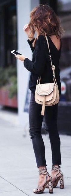 Black Top, Skinnies, Snake Skin heels & Nude bag.