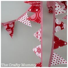Mini Bunting Tutorial (& a Giveaway) - The Crafty Mummy