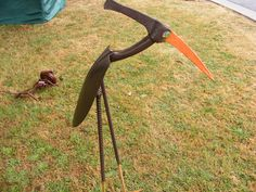 'Shovel Backs' birds - Clever use of old shovel heads and pick heads. Can be found at Learmonth Victoria.