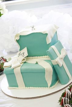 Bridal Shower Tiffany Cake! For you, Whitley!!