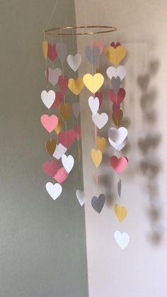 Paper Flowers Craft, Paper Crafts Origami, Easy Paper Crafts, Easy Diy Crafts, Diy Arts And Crafts, Diy Crafts For Home Decor, Diy Crafts For Adults, Diy Crafts Hacks, Diy Crafts For Gifts