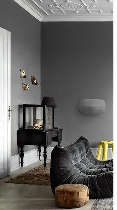 B&o tv wall avant Room Interior Design, Luxury Interior, Interior Styling, Dark Interiors, Wood Interiors, Brown Interior, Interior And Exterior, Fireplace Lighting, Home Coffee Tables
