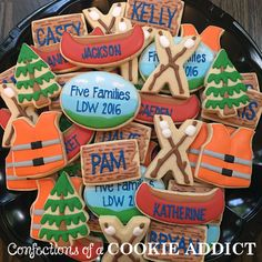 Confections of a Cookie Addict specializes in custom cookies for any occasion. Speciatly cookies handmade in Durham, NC Fish Cookies, Cut Out Cookies, Iced Cookies, Cupcake Cookies, Cupcakes, Sugar Cookie Royal Icing, Cookie Frosting, Summer Cookies, Holiday Cookies