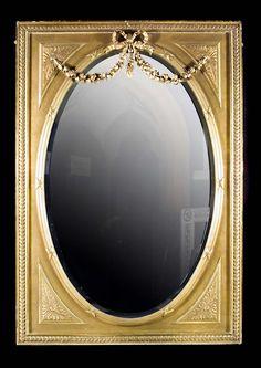 Antique Oval Gilt wood Mirror