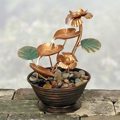 Coyne's & Company Copper Lily Pad Tabletop Garden Water Fountain
