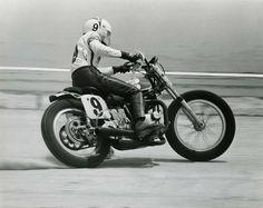 yorkstmoto: Gary Nixon crushing the Flat Track Flat Track Motorcycle, Flat Track Racing, Road Racing, Auto Racing, Vintage Bikes, Vintage Motorcycles, Vintage Cars, Vintage Vespa, Custom Motorcycles