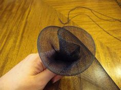 How to Make a Fascinator: Crin Flower Trim Make your flower fuller or slimmer depending on how closely you gather the crin. Tea Hats, Tea Party Hats, Cloche Hats, How To Make Fascinators, How To Make Hats, Fascinator Diy, Head Band, Hat Tutorial, Millinery Hats