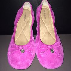 Bass Suede Flats These genuine suede flats are stylish and comfortable! Only worn twice, true to size. You can dress them up for a day in the office or weekend on the town.  (picture #3 shows 2 small dots on one of the shoes. Very unnoticeable) Bass Shoes Flats & Loafers