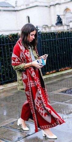 Natasha Goldenberg with an Anya Hindmarch clutch and Valentino shoes The Best of street fashion in 2017.