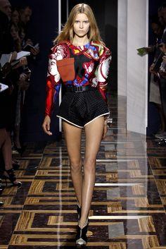 Balenciaga Spring 2012 Ready-to-Wear Fashion Show - Josephine Skriver (IMG)