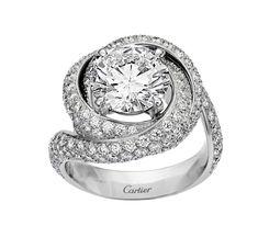 Bague de fiançailles Cartier Solitaire Trinity Ruban diamants