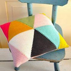 DIY crochet triangle pillow