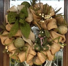 BURLAP and MOSS wreath christmas-decorating-ideas