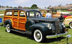 1941 Packard One Twenty Station Wagon - green