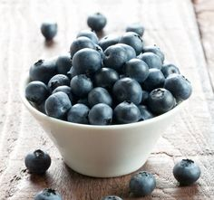 """comfortspringstation: """"Phytochemical-rich foods, such as blueberries, have been shown to be effective at reversing age-related deficits in memory """""""