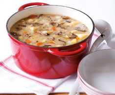 Bramboračka | Recepty Albert Soup Recipes, Healthy Recipes, Healthy Food, Polish Recipes, Soup And Sandwich, Food 52, Bon Appetit, Cheeseburger Chowder, Food And Drink