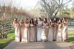 #Wedding #country champagne ♡ How to plan your ceremony & reception … Wedding Planning App. For brides, grooms, parents & planners ♡ https://itunes.apple.com/us/app/the-gold-wedding-planner/id498112599?ls=1=8 ♡ Weddings by Colour ♡ http://www.pinterest.com/groomsandbrides/boards/