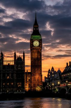 Big Ben is one of the must-see landmarks of the world. Although many people think the clock tower itself is called Big Ben, it is in fact the name given Big Ben, Vacation Places, Vacation Spots, Vacations, Beautiful Places To Visit, Places To See, Cities, Beautiful London, London Calling
