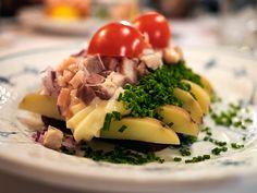 Jyttes Kartoffelmad med tatar af røget ål, purløg og mayonnaise (Jytte's potato smørrebrød, with a tartar of smoked eel, chives and mayonnaise) at Schønnemann in Copenhagne