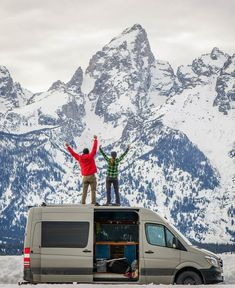 Stay warm throughout the winter with these campervan conversion hacks! We discuss the best electric heater, mini wood stove and air heaters that run on propane, gasoline or diesel. These are great tips and tricks for your next camper ski adventure. Mini Camper, Camper Life, Mini Wood Stove, Diesel, Life Hacks, Life Tips, Cool Vans, Van Living, Van Camping