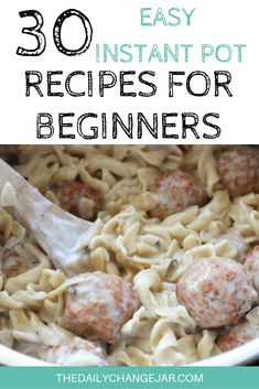If you are considering (or have already bought) a pressure cooker, here are some Instant Pot recipes for beginners to get you started cooking like a pro. Recipes For Beginners, New Recipes, Cooking Recipes, Favorite Recipes, Best Instant Pot Recipe, Instant Pot Dinner Recipes, Pressure Cooker Recipes, Pressure Cooking, Frugal Meals