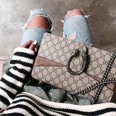 Les fashion-instagrameuses ont décidément toutes adopté le Dionysus de chez Gucci... (photo Sincerely Jules)