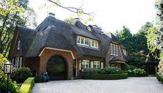 """Rietgedekte landhuis """"de Horst"""" te koop: Van Merlenlaan 31, Heemstede"""