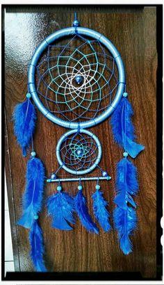 PRONTA ENTREGA - R$60,00 - Atenção #boys #meninos de plantão !!! Filtro dos sonhos #azul, perfeito para colocar na janela do seu quarto, além de ficar maravilhoso como decoração, ajuda a filtrar os sonhos ruins!