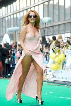 Are not celebrity upskirt robbs free seems