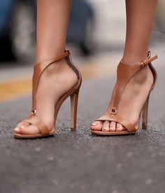 Women shoes With Jeans Skinny - - Women shoes High Heels Pump Ankle Straps - Women shoes Pumps Stilettos - Women shoes Flats Nike Stilettos, Pumps Heels, Stiletto Heels, Cute Shoes, Me Too Shoes, Women's Shoes, Shoe Boots, Golf Shoes, Gucci Shoes