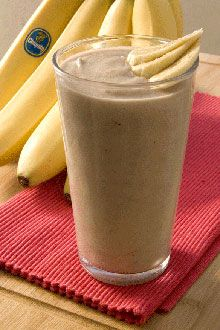 You're 5 minutes and a blender away from a healthy, delicious banana smoothie.