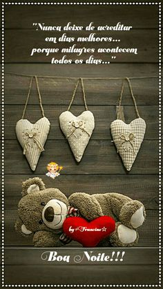 Cute hanging hearts, teddy bear with a big red heart. Love his sweet smile. Bear Wallpaper, Love Wallpaper, Wallpaper Backgrounds, Iphone Wallpaper, My Teddy Bear, Cute Teddy Bears, Chien Basset Hound, Teddy Bear Pictures, Bear Pics