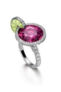 """Piaget created a collection of stunning cocktail rings. The collection is called Limelight Paradise and the designs of the rings are inspired by famous cocktails like Sex on the beach, Caipirinha and Blue Hawaiian, which are also the names of the rings."""