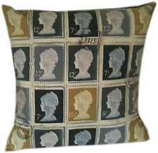 #PrimroseReadingCorner Comfy pillow ideas for a sitting space.