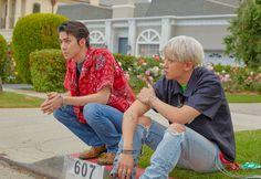 EXO's new unit Sehun & Chanyeol (EXO-SC) will bring diverse charm through three title songs. Baekhyun Chanyeol, Park Chanyeol, Exo Ot12, Chanbaek, Luhan And Kris, Exo Album, Kim Minseok, Xiuchen, Fandom