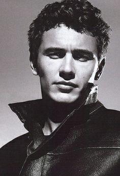 James Franco. YESSS!!! his voice is so sexy. <3 <3 <3 <3 looovvee hiiimmmm!!!