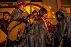 Mulheres refugiadas que se deslocam pela Europa estão correndo riscos, afirma a ONU  Mulheres e crianças totalizam 55% das pessoas que chegaram à Europa pelo mar. As mulheres correm maior risco de exploração e violência a caminho da Europa.