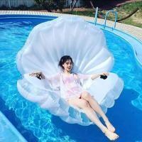 水原希子も注目新ブランドプカプカの貝殻型浮き輪が話題