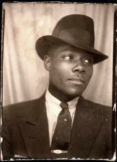 Hot Vintage Men: Handsome in a Hat