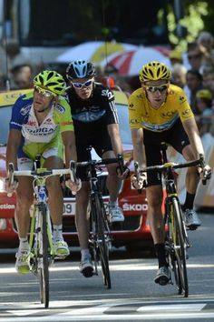 The three favorites marked each other: Vicenzo Nibali, Chris Froome and Bradley Wiggins