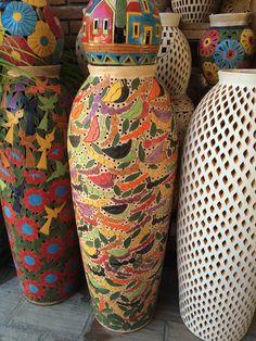Vasija de cer mica policroma 84 piezas pertenecientes al - Jarrones de ceramica ...