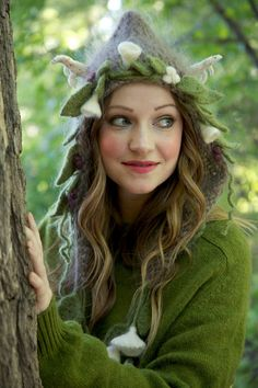 Knitting pattern for the Midsummer Night's Dream Hood Hat #ad in child and adult sizes