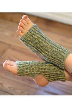 F643 Yoga Socks -free crochet pattern-