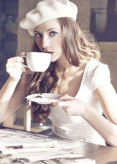 レトロな雰囲気がかわいいベレー帽♡帽子を使ったレディースコーデ