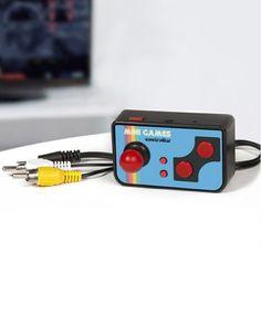Retro TV Games remote is a unique gaming system lets you play hundreds of video games from the 1980s, so you can relive the glory of those old favourites and introduce them to a new generation