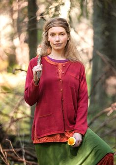 Hohtavapintainen neuletakki ekopuuvillaa – Metsän keskellä – GUDRUN SJÖDÉN - vaatteita verkossa ja postimyynnissä